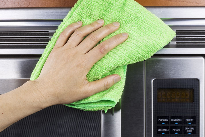 The Best Way to Clean Stainless Steel Appliances