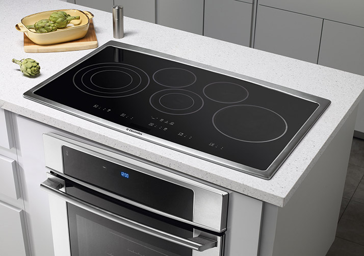 Cook Up a Storm with an Electrolux Cooktop