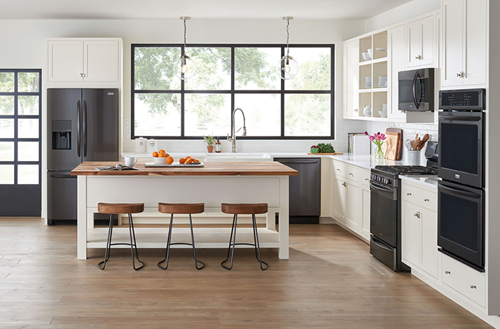 Efficiency and Class with Frigidaire Black Stainless Steel Major Appliances