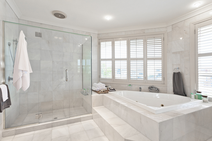 Organize Your Master Bathroom Like a Boss