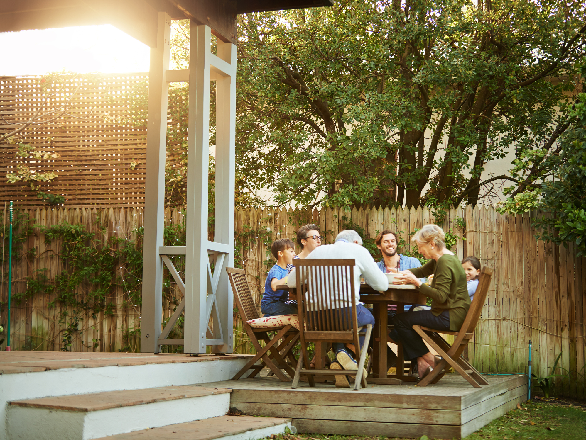 5 Tips For Choosing Outdoor Furniture