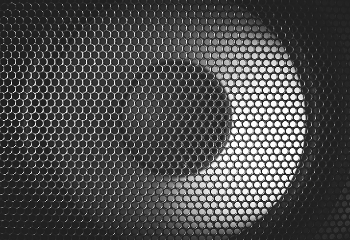 To Grille or Not to Grille? What's Better for Your Sound and Speaker?