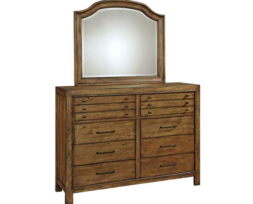 Broyhill Bethany Square 10 Drawer Chesser 4930 234